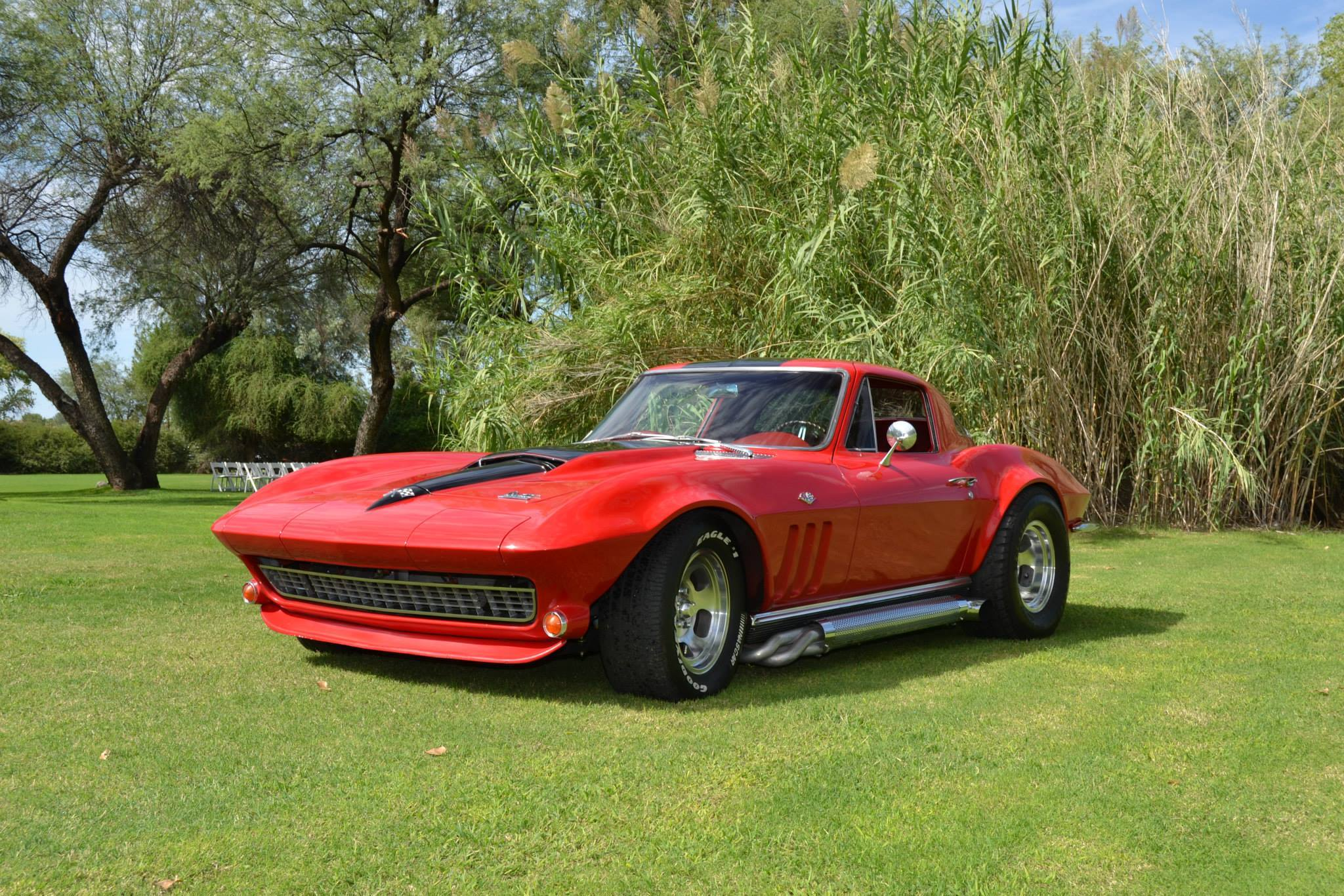 reader 39 s ride brandt 39 s gorgeous 1966 corvette restomod. Black Bedroom Furniture Sets. Home Design Ideas